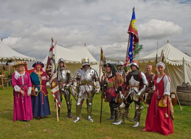 Bosworth Battlefield - Les Routiers de Rouen Paul Tebbatt - from Leicestershire County Council