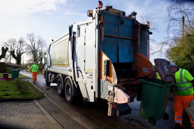 North West Leicestershire District Council Collection Crew on Their Round.