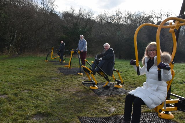 Thringstone Green Gym - Cllr Alison Smith, Cllr Dave Everitt, Cllr Gus Geary and John Richardson
