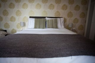 Bedroom in Cross Keys Inn, Newbold