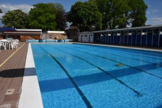 Hood Park Leisure Centre Outdoor Pool